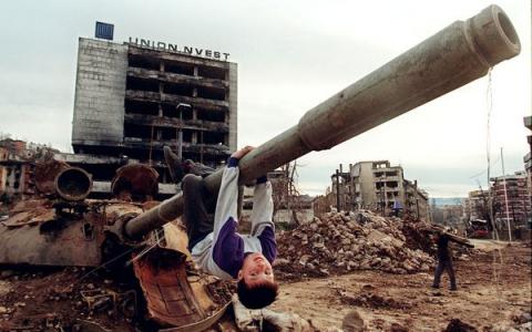 Bosnian-destruction-480x300